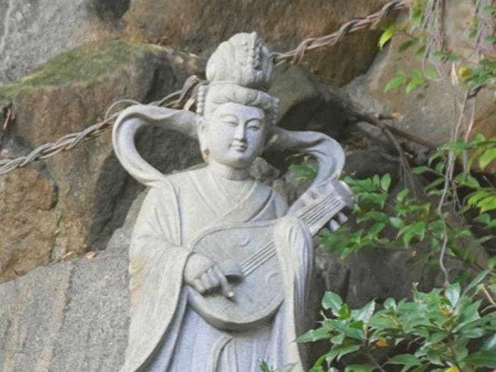 願満弁財天(中山法華経寺奥之院)