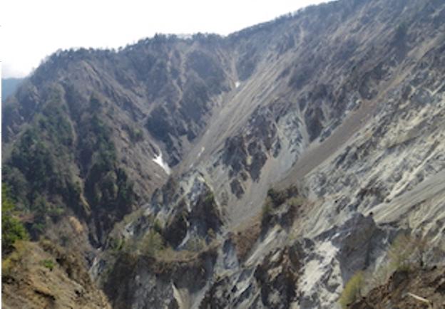 七面山「ナナイタガレ」